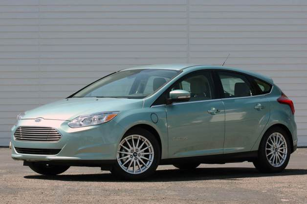 01-2012-ford-focus-electric-fd.jpg