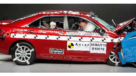 ancap-crash-test-toyota-camry-hybrid-2010-on.jpg